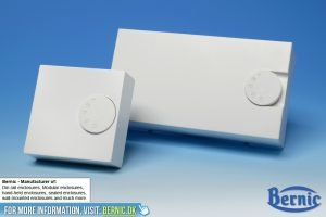 Wall mounted enclosure with knob